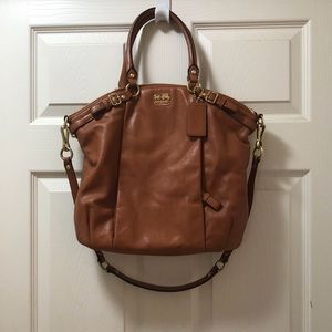 Authentic Coach Madison Leather Lindsey.